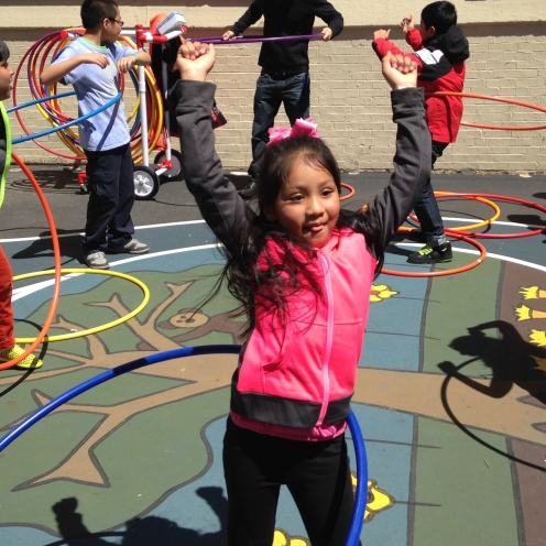 Hula-hoop competition!